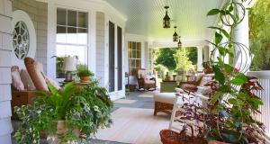 Back Porch furnished