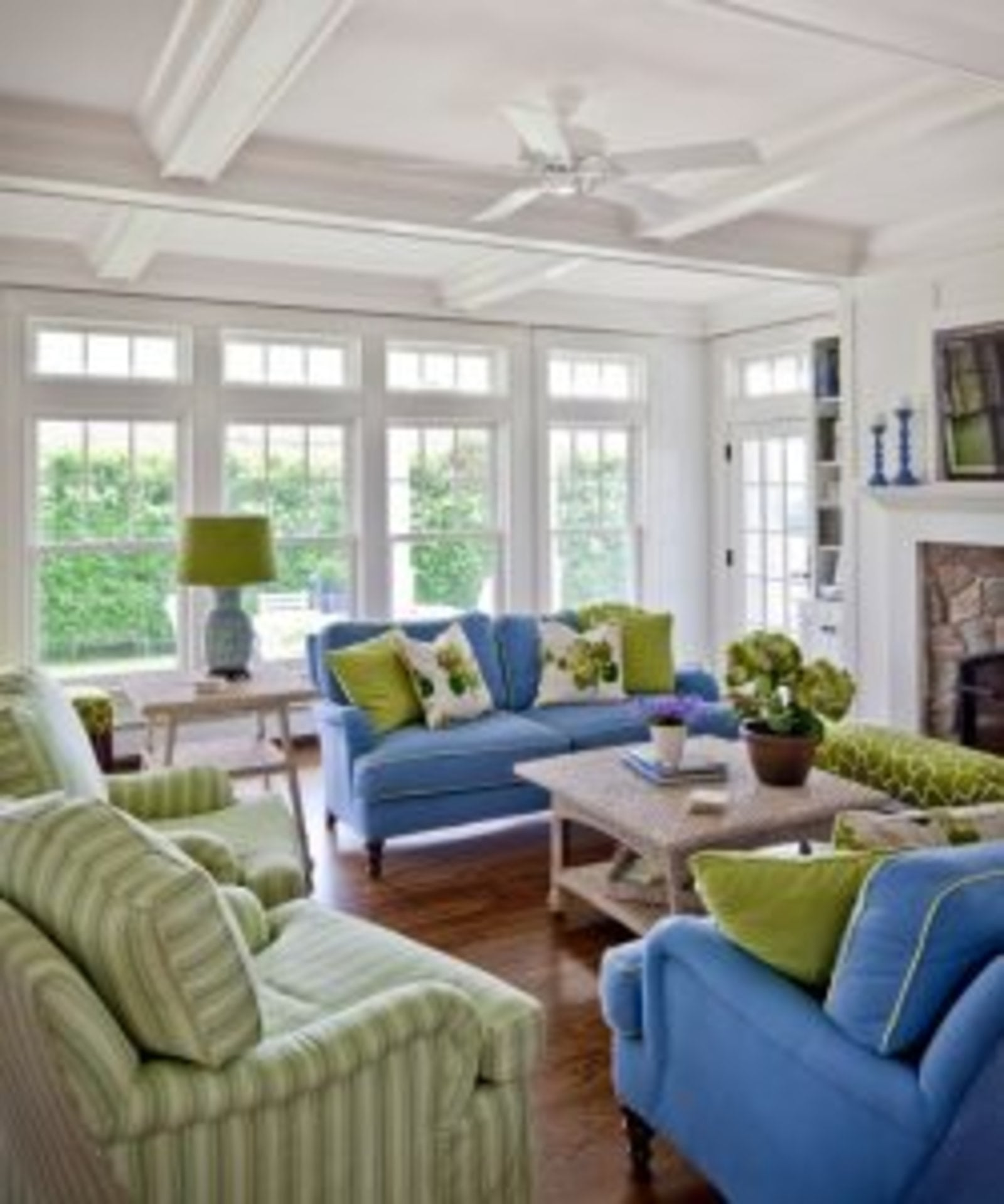 Decorating with Green - Cottage at the Beach