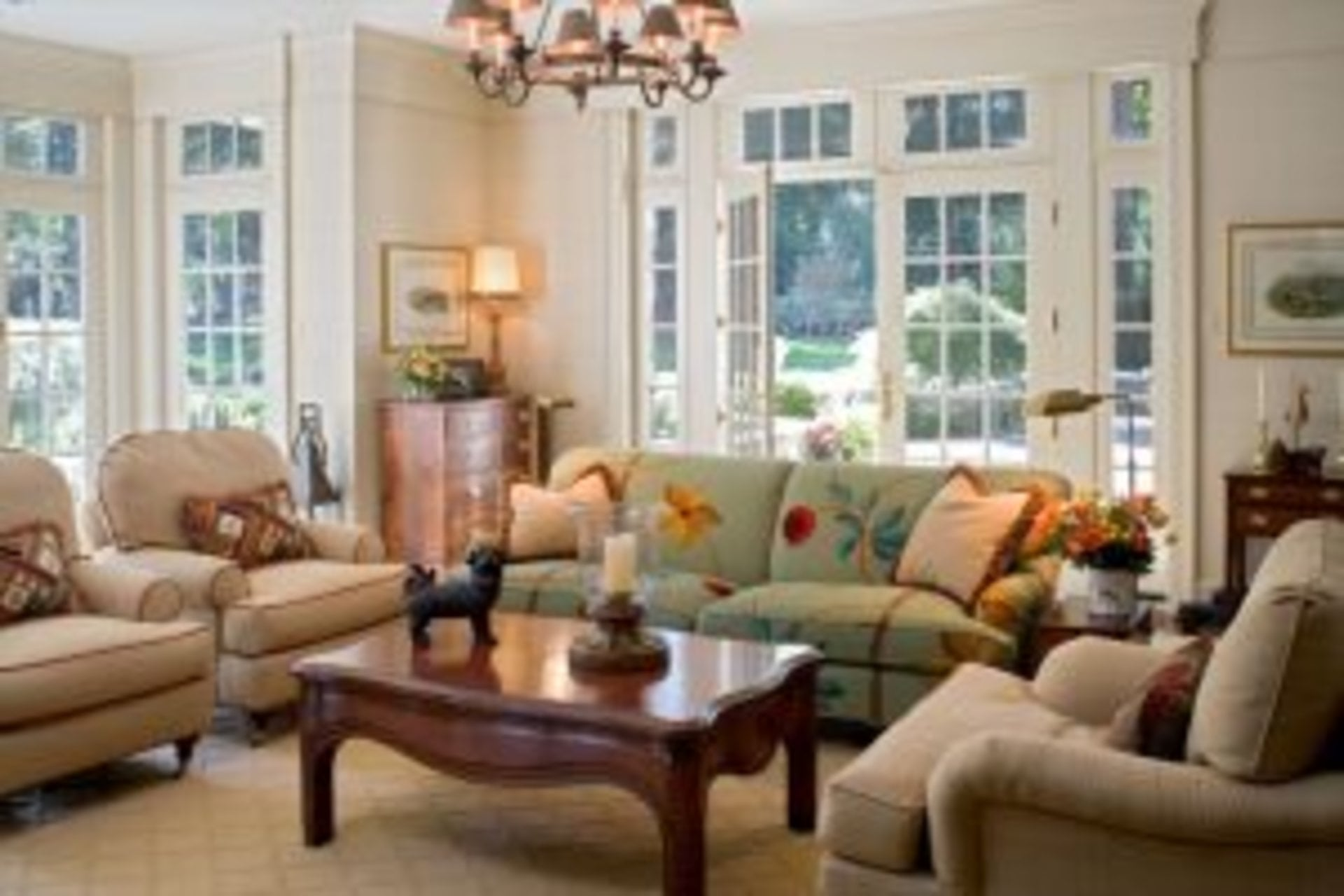 Family-Room with french doors