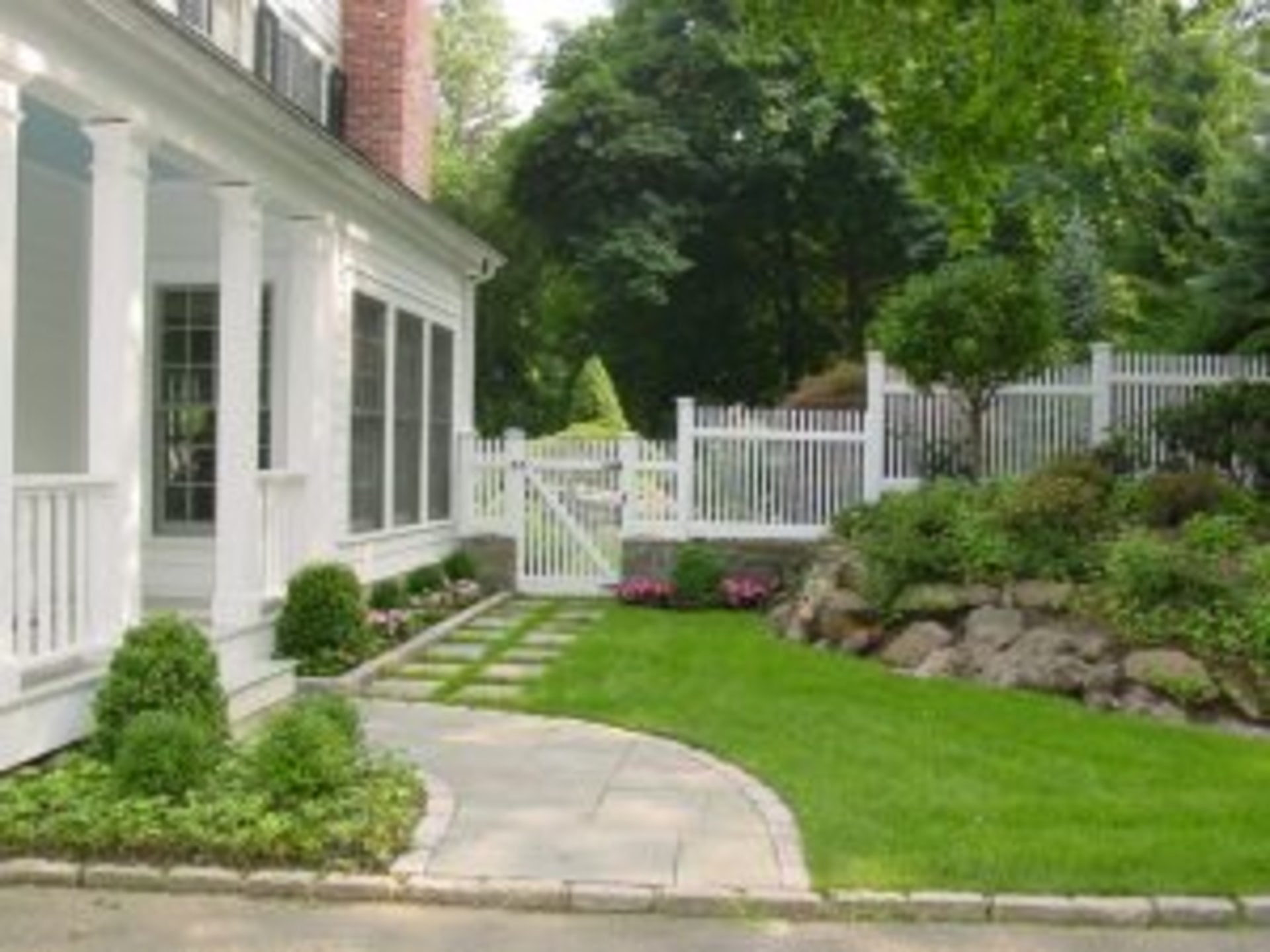 Curb Appeal Ideas for a Welcoming Home